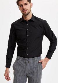 DeFacto - Formal shirt - black - 3