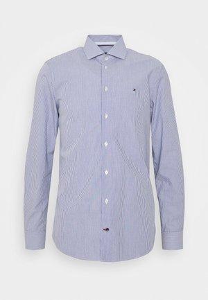 STRIPE CLASSIC SLIM - Kostymskjorta - blue