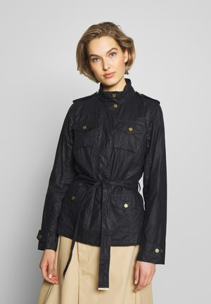 MACKAY WAX - Waterproof jacket - royal navy