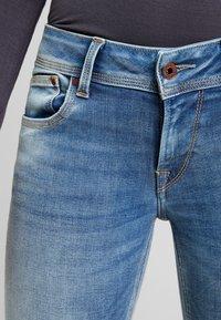 Pepe Jeans - SATURN - Straight leg jeans - denim light used - 4