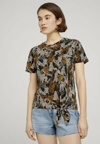 TOM TAILOR DENIM - Print T-shirt - abstract monkey print - 0