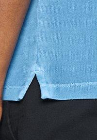 Marc O'Polo - SHORT SLEEVE BUTTON PLACKET COLLAR AND CUFF - Polo shirt - azure blue - 6