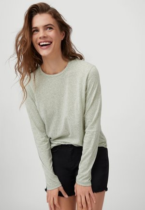 Long sleeved top - desert sage
