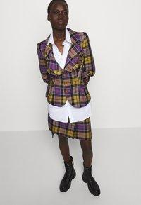 Vivienne Westwood - ALCOHOLIC JACKET - Blazer - multi-coloured - 4