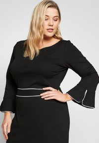 Anna Field Curvy - Jersey dress - black/white - 3