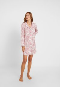 Lauren Ralph Lauren - CLASSIC NOTCH COLLAR SLEEPSHIRT - Noční košile - red - 1