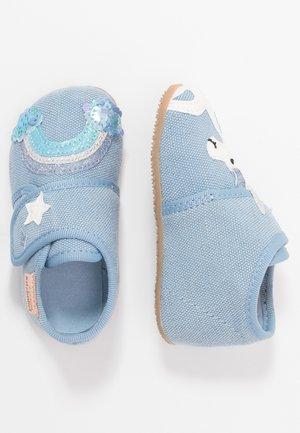 BABYKLETT EINHORN & REGENBOGEN - First shoes - hellblau