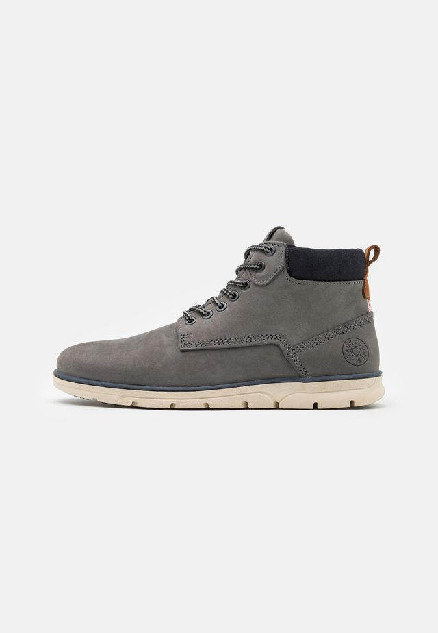 JFWTUBAR JAVA - Veterboots - grey