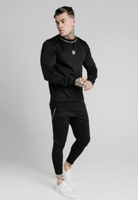 SIKSILK - FUNCTION TRACK PANTS - Trainingsbroek - black - 1