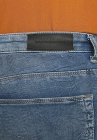 ONLY Carmakoma - CARCARMA LIFE REG - Jeans Skinny Fit - light blue denim - 4