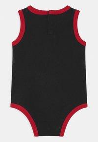 Jordan - 3 PACK UNISEX - Dárky pro nejmenší - black/red/white - 1