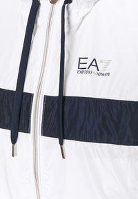 EA7 Emporio Armani - Lehká bunda - white - 2