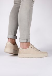 Blackstone - Sneakers laag - almond milk - 2