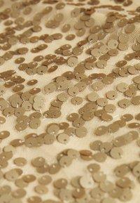Pieces - PCALISIA DRESS - Vestito elegante - warm sand - 6