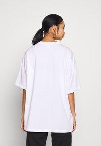 Monki - CISSI TEE  - T-shirts - white - 2