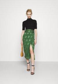 Never Fully Dressed - LEOPARD JASPRE SKIRT - Wrap skirt - green - 1