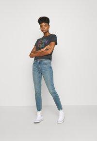Ivy Copenhagen - ALEXA ANKLE WASH RIVA - Jeans Skinny Fit - denim blue - 1