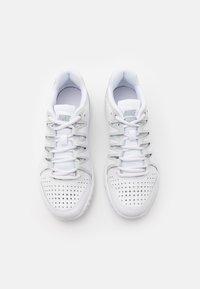 Nike Performance - WOMENS VAPOR COURT SHOE - Multicourt tennis shoes - white/light bone/pure platinum - 3
