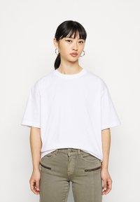 Missguided Petite - DROP SHOULDER OVERSIZED 2 PACK - Basic T-shirt - black - 3