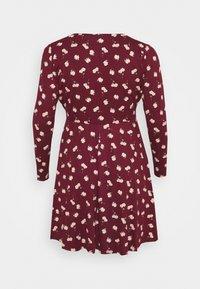 Simply Be - WRAP SKATER DRESS - Sukienka z dżerseju - red - 1