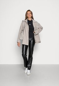 Calvin Klein Jeans - Long sleeved top - black - 1