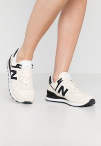 New Balance - WL574 - Sneakers basse - offwhite - 0