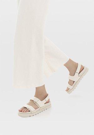 Platform sandals - off-white
