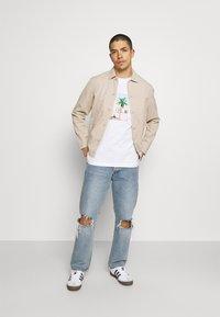 adidas Originals - HAND DRAWN TEE - Print T-shirt - white - 1