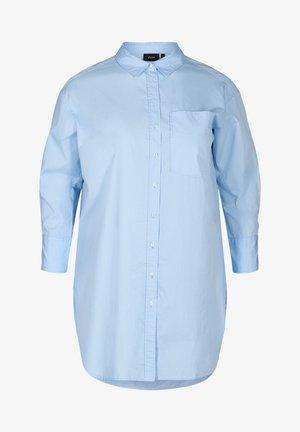 MIT BRUSTTASCHE - Button-down blouse - blue