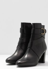 LK Bennett - RAYA - Classic ankle boots - black - 4