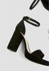 PULL&BEAR - Sandales à talons hauts - black - 4