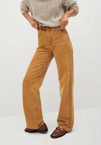 Mango - LOLA-I - Flared jeans - braun - 0