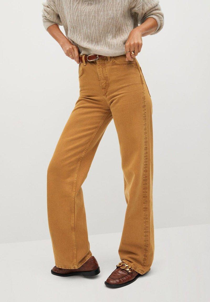 Mango - LOLA-I - Flared jeans - braun