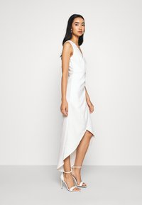 TFNC - SOOKIE - Cocktail dress / Party dress - white/silver