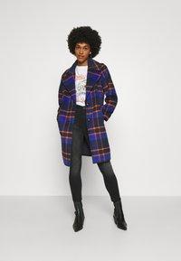 ONLY - ONLTAYLOR CHECK WOOL COAT OTW - Classic coat - sodalite blue/scarlet ibis - 1