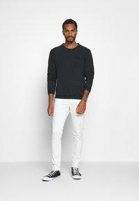 Tigha - KESTER - Sweatshirt - vintage black - 1