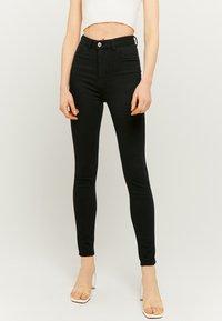 TALLY WEiJL - Jeans Skinny Fit - black - 0