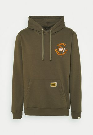 SEQUENCE X TIWEL EVERY - Hoodie - ivy green