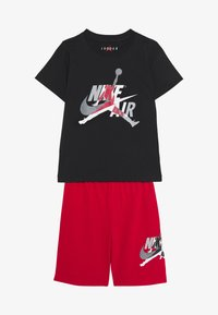 Jordan - JUMPMAN CLASSIC TEE SHORT SET - Sports shorts - gym red - 3