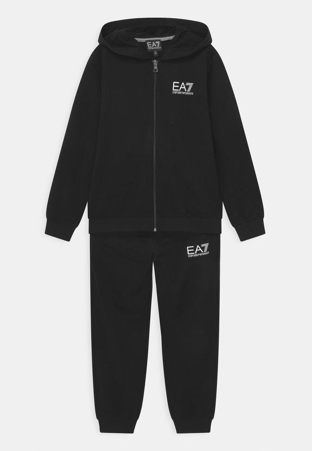 EA7 SET - Tracksuit - black