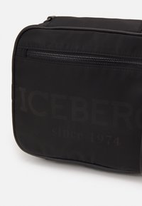Iceberg - UNISEX - Across body bag - black - 5