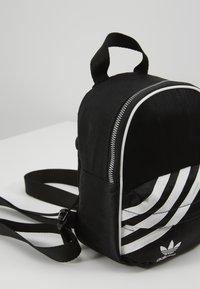 adidas Originals - MINI - Rucksack - black - 2
