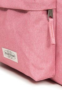 Eastpak - PADDED PAK'R MUTED - Rucksack - muted pink - 4