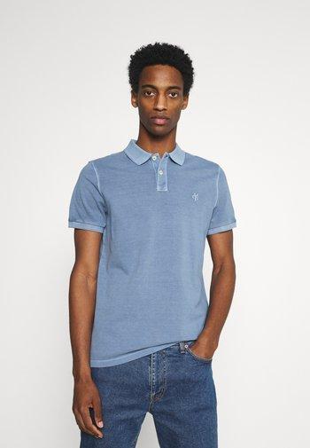 SHORT SLEEVE BUTTON PLACKET - Polo shirt - kashmir blue