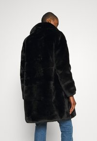 King Louie - BETTY COAT PHILLY - Classic coat - black - 2