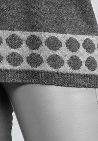 Alba Moda - Leather trousers - hellgrau - 5