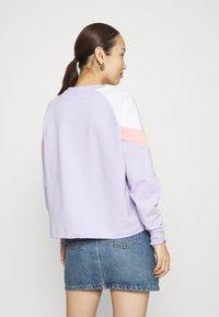 Puma - ICONIC CROPPED CREW - Sweater - light lavender - 2