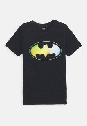 NKMBATMAN KALE - T-shirts print - black