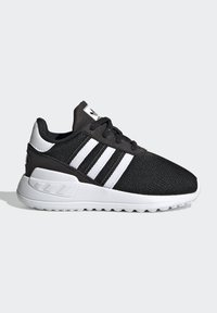 adidas Originals - LA TRAINER LITE SHOES - Sneakersy niskie - core black/ftwr white/core black - 6