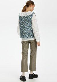 Soaked in Luxury - Waistcoat - mini flower print - 2